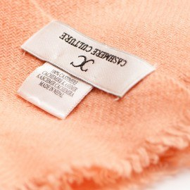 Persikofärgad kypertvävd pashmina sjal