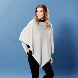 Ljusgrå poncho i lätt silke / kashmir blandning
