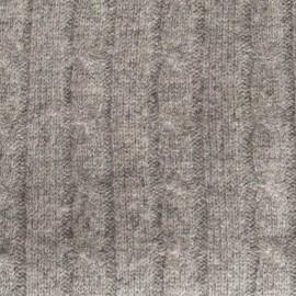 Grå kabelstickad filt i merino och kashmir