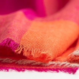Rutig kashmir scarf i röd/orange/violet