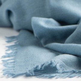 Duvblå sjal i handvävd kashmir
