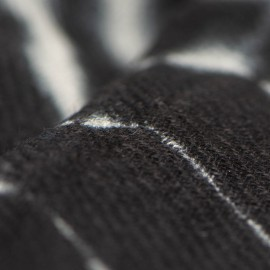 Svart/vit batikfärgad sjal