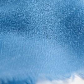 Vacker skotskrutig sjal i beige och blå