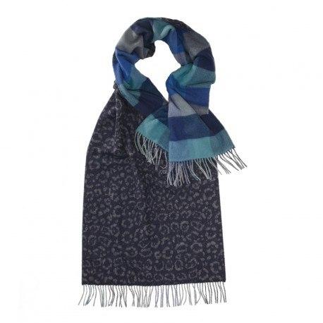 Blå scarf med djurtryck och rutor