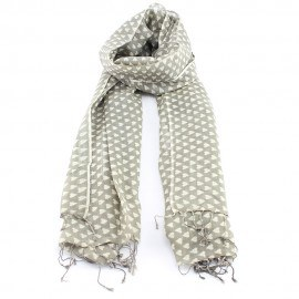 Beige halsduk i ull och siden med hjärtmönster