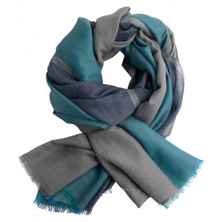 Trefärgad pashmina sjal i grön och grå färger